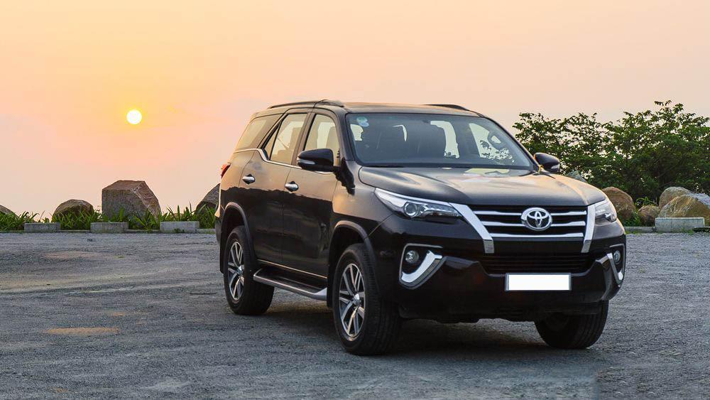 Toyota Fortuner Ngoại Thất 1